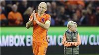 Arjen Robben lập cú đúp rồi... giã từ luôn đội tuyển Hà Lan