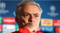TIN HOT M.U 16/11: Mourinho trả giá vì ngây thơ. Giggs giúp M.U trước ngày sang Việt Nam