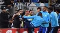 CĐV đòi đuổi cổ Evra: 'Anh ta không xứng khoác áo Marseille'