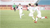 CHÙM ẢNH: Quang Hải ghi bàn đẹp thần sầu, cầu thủ U23 Qatar ngồi im bất động