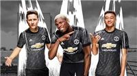 Fan Man United tranh cãi vì mẫu áo sân khách mới được công bố