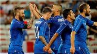 Sốc với pha phản lưới của hậu vệ được M.U săn đuổi trong trận Italy - Uruguay