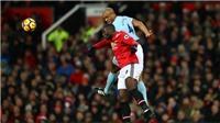 M.U 1-2 Man City: Video clip hai lần Lukaku 'bán đứng' De Gea