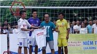 Thành Lương, Quang Hải và Văn Quyết so tài với cầu thủ bóng đá đường phố