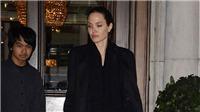 Angelina Jolie suy sụp khiến các con lo lắng