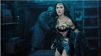 'Wonder Woman' thu 600 triệu USD, mang lại vinh quang tột cùng cho nữ đạo diễn Patty Jenkins
