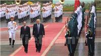 HÌNH ẢNH: Chủ tịch nước Trần Đại Quang chủ trì lễ đón Tổng thống Donald Trump