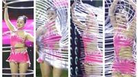 Quyền lực ghế nóng: Cô gái lắc vòng khiến Chí Trung 'bái phục'