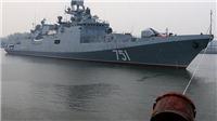 VIDEO: Tàu khu trục Nga lọt vào ống kính 'thám tử tư' khi đi qua eo biển hẹp