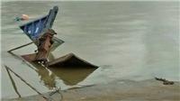 Phà qua sông Đồng Nai bị chìm, nhiều người thoát nạn