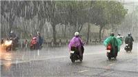 Cả nước mưa rào, nước trên sông Hồng tại Hà Nội tiếp tục lên nhanh