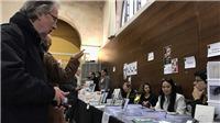 Đến Hội chợ sách Paris mua Truyện Kiều Nguyễn Du, sách Tạ Duy Anh, Ngô Tự Lập