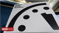 Vì sao các nhà khoa học nguyên tử vặn đồng hồ Ngày tận thế nhích thêm 30 giây?