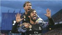 Isco bất ngờ hôn môi Sergio Ramos khi được trả lời phỏng vấn