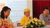 Nhà nghiên cứu Nguyễn Đình Tư vừa sửa xe đạp vừa viết sử