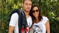 Bà xã đóng Twitter sau bê bối tình ái của Giroud