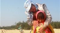 2 ngư dân Quảng Nam đi cào ốc bị sóng biển cuốn mất tích