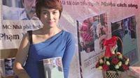 Nhà văn Nguyễn Quỳnh Trang: 'Cầm bút không phải để trả lời mọi câu hỏi'