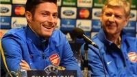 Sao Arsenal dính bê bối tình ái, xem sex show: Wenger ngày càng dễ dãi?