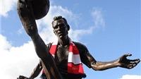 Dennis Bergkamp muốn nối nghiệp HLV Wenger