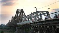 Bảo tồn cầu Long Biên: Bắt buộc phải 'đẩy' cầu mới ra gần 200m