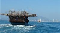 Cứu hộ an toàn 15 ngư dân gặp nạn trên biển