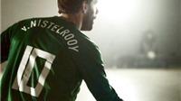Ruud van Nistelrooy phô diễn khả năng dứt điểm... trong đêm