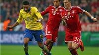 Oxlade-Chamberlain đi bóng như Messi trước các cầu thủ Bayern Munich