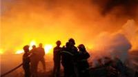 Hỏa hoạn thiêu rụi một xưởng ép giấy tại Đắk Lắk