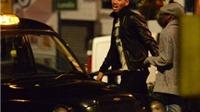 Man United thắng, Chris Smalling nổi hứng hát giữa phố lúc 3h sáng