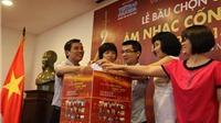 100 nhà báo Bắc - Nam bỏ phiếu trực tuyến bầu 'Cống hiến'