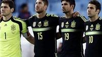 Xavi và Diego Costa đi làm 'ca sĩ'
