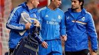 Giggs hứa đưa Man United quay trở lại triết lý cũ, Ronaldo tức giận với đội ngũ y tế của Real. Wenger buồn vì Moyes mất chức