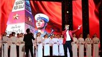 Tùng Dương 'tiết chế' khi hát 'Nơi đảo xa'