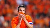 Anh và Italy gây thất vọng. Van Persie, Oxlade-Chamberlain chấn thương trước World Cup