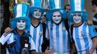 Cổ động viên Argentina nhuộm xanh Rio de Janeiro