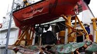 Cận cảnh hàn gắn 'vết thương' tàu kiểm ngư 951 sau cuộc tấn công của tàu Trung Quốc