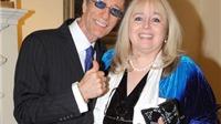 Vợ góa của huyền thoại Bee Gees Robin Gibb: Vẫn yêu chồng, dù bị công khai 'cắm sừng'