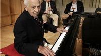 Bộ ba nghệ sĩ Mỹ ở tuổi ngoài 90: Không bao giờ bị tuổi tác 'cầm tù'