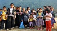 Đạp xe qua 63 tỉnh vì trẻ em vùng cao
