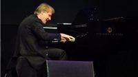 Bùi Công Duy: Richard Clayderman chơi với nhạc nền chứ không 'nhép nhạc'