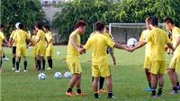 U19 Thái Lan tập hăng say, U19 Nhật Bản chỉ  thả lỏng