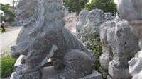 Giỗ tổ làng nghề chạm đá: Thuần Việt để tồn tại