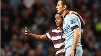 Frank Lampard chụp ảnh 'tự sướng' ngay trong trận thắng Sheffield 7-0