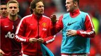 Rooney xin lỗi đồng đội vì chiếc thẻ đỏ. Inter thua sốc Cagliari. Murray giải cơn khát danh hiệu