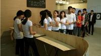 Giới trẻ Hà Nội xếp hàng xem chiếu bóng, đổi tem phiếu kiểu bao cấp