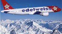 Phi công Thụy Sĩ vác theo 'hòm tiền đề phòng' khi bay vào Hy Lạp