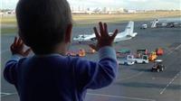 Em bé Nga 10 tháng tuổi là biểu tượng đau đớn của thảm kịch máy bay rơi