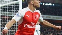 ĐIỂM NHẤN Arsenal 1-1 Spurs: Kane toàn diện. Gibbs hãy chơi tiền vệ. Arsenal sợ chấn thương