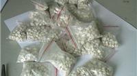 Bắt 2 đối tượng vận chuyển 1.200 viên ma túy tổng hợp